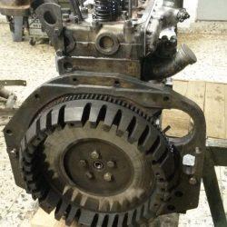 Zylinderkopf montiert