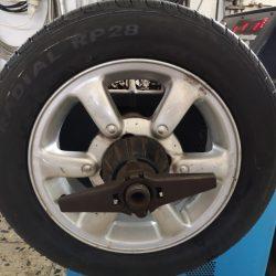 Reifen aufgespannt